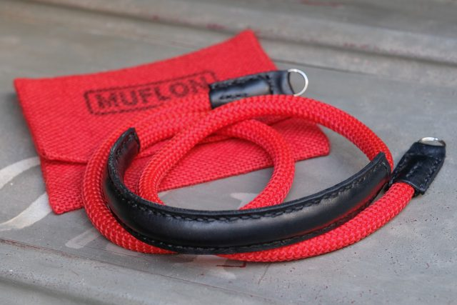 MUFLON / The Shoulder Strap
