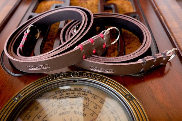 MUFLON / The Brown Reporter strap