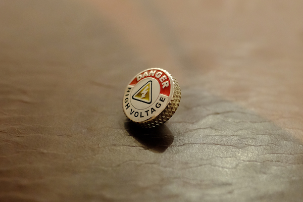 MUFLON  / 925 Sterling Silver & Enamel  HIGH VOLTAGE Soft Release Button