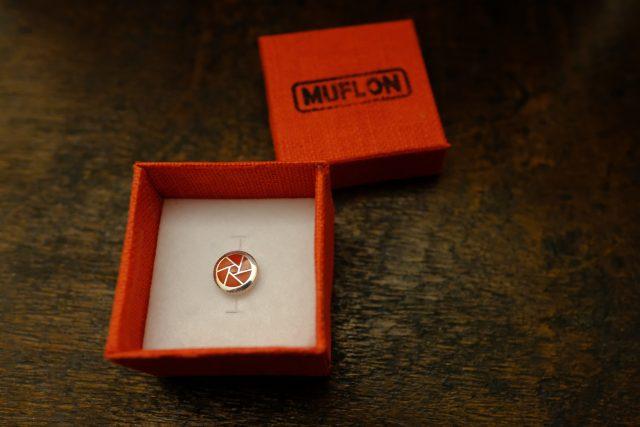 MUFLON  / 925 Sterling Silver APERTURE   Soft Release Button